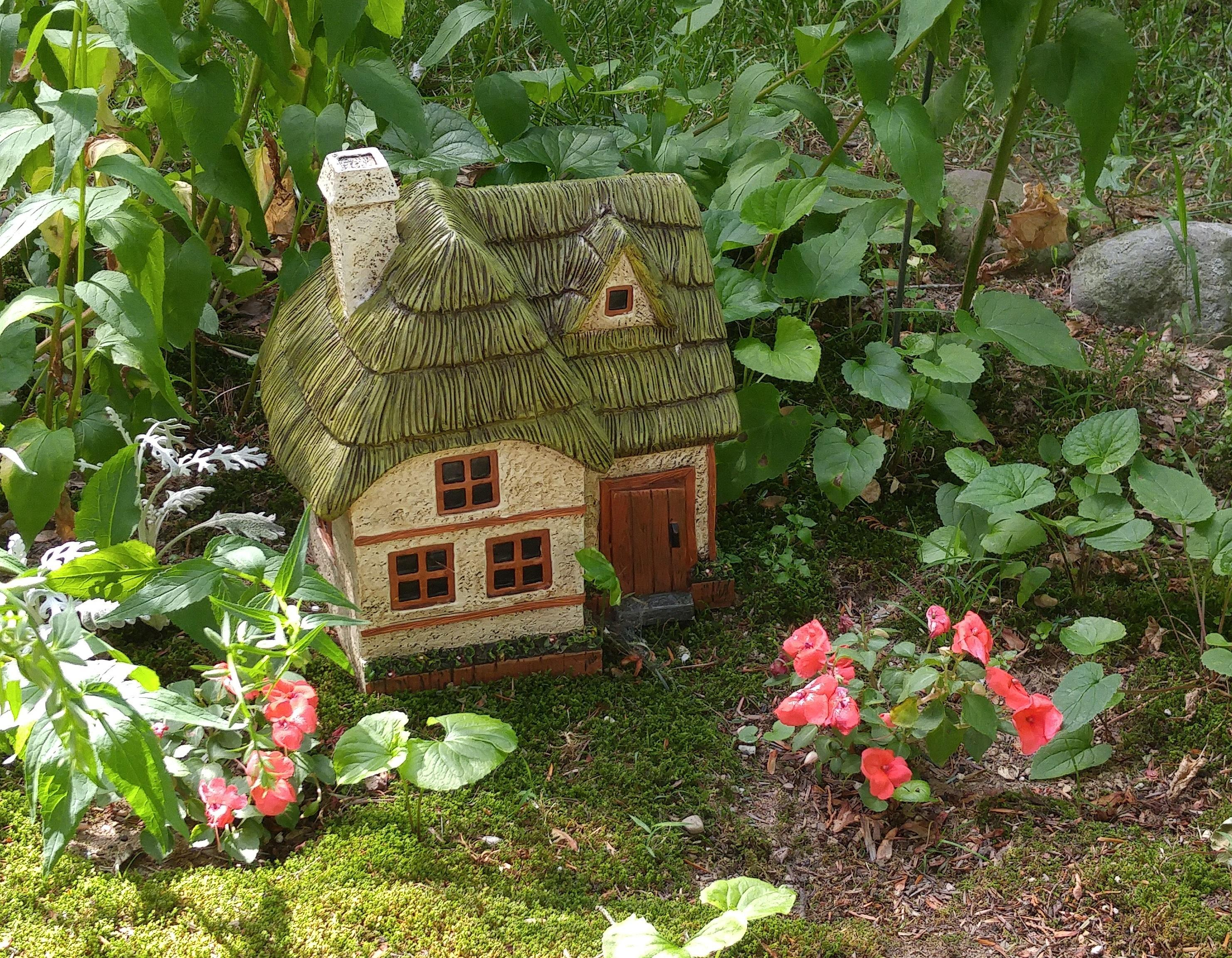 how to make your own fairy garden 2